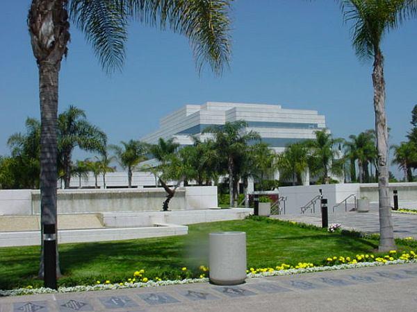 Select A Cemetery In Orange County, California